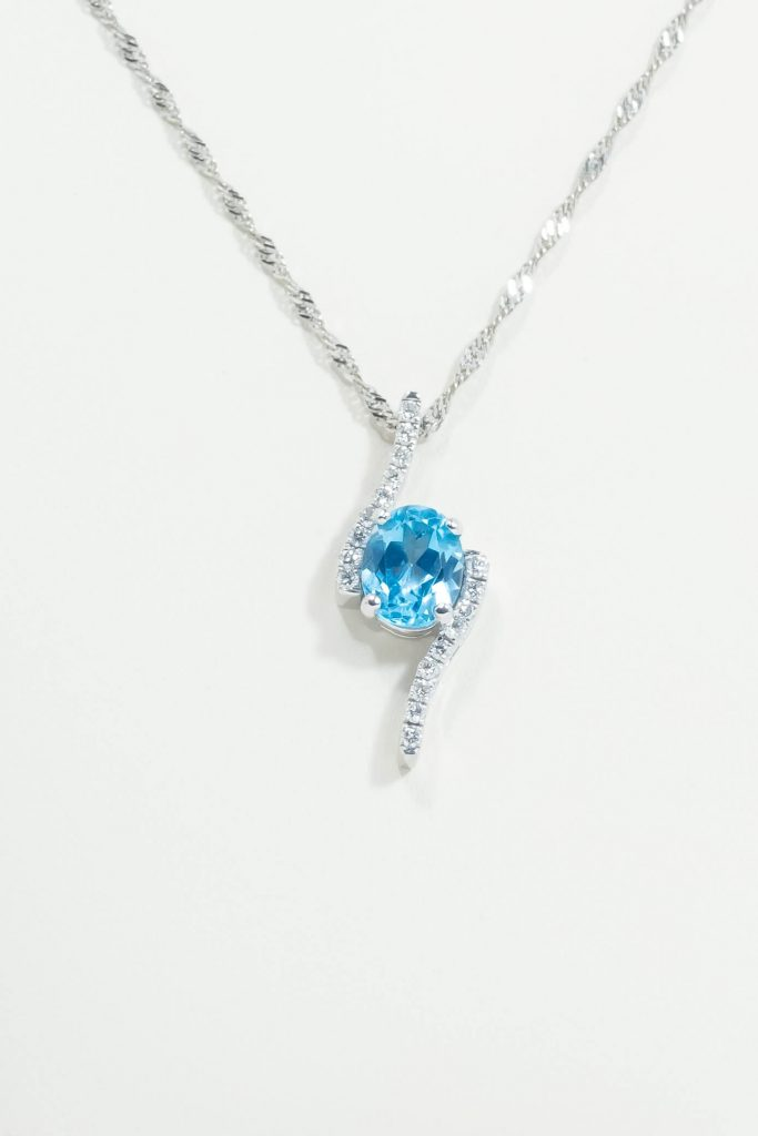 14k White Gold Blue Topaz & Diamond Necklace